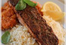 Filet de saumon à la dijonnaise avec purée de carottes et céleri-rave