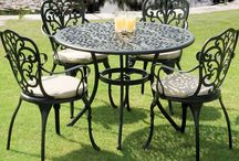 Garden Furniture Picks / Our selection of our favourite garden furnishings, from bistro sets to sofa suites!