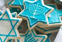 Hanukkah Recipes / Delicious recipes to cook and share with your friends & family this #Hanukkah.