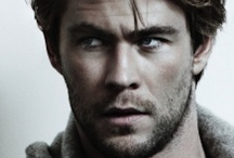 Yummy Chris Hemsworth!!