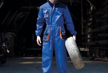 Workwear / Hard-wearing clothing to wear out and about