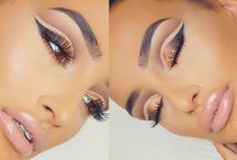 • Make up videos •