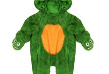 Halloween Fancy Kids Costumes / Halloween has arrived At baby wear Wholesalers. Buy the best quality Halloween fancy dress costumes for Babies & Kids We stock the largest variety of Halloween items like Onesies, Hats, Gloves & many more. Our finest range of Babies & Kids Halloween costumes will make sure that your babies & kids looks best on the Halloween Eve.
