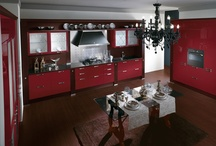 Baccarat_Absolute Classic / Design by Gianni Pareschi | One of the most sophisticated kitchens in the Scavolini Absolute Classic collection, Baccarat meets the demanding requirements of an exclusive target market