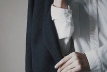intelligent/uniform {clothes};