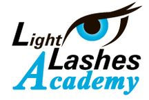 Light Lashes Academy / Corsi Extension Ciglia Rendi le ciglia delle tue clienti voluminose e indimenticabili come quelle delle dive di Hollywood!
