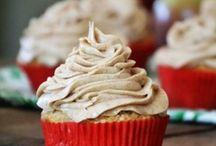 Cake & Cupcake Recipes / by Jennifer Gladstone-Scott
