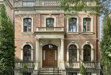 Lincoln Park Greek Revival Home / Photos by Tony Soluri. bgdchomes.com/