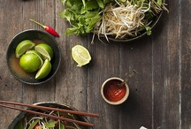Inspiring Eastern Cuisine / Do you love Asian food, but haven't got all the tools to cook it properly? Then check out our Kitchen Packs, and be inspired by these delicious plates of food!