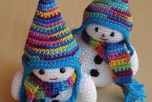 bonecos de croché
