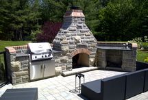 Outdoor Features / Outdoor Fireplaces