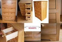 Kasten / Verschillende kasten als boekenkasten, vitrinekasten en nachtkastjes, gemaakt door Meubelmakerij Wiggerts.