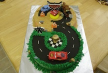 Cakes Decorated for all occations / by Diana Shires