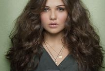 Danielle Campbell / HQ Pictures of Danielle Campbell