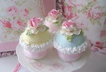 Cupcakes! Oh joy! / by Angela Leddy Young
