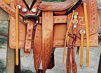 monturas de caballos