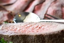 Dineren / op dit bord worden laten we verschillende dingen zien met betrekking tot dineren in 'T Restaurant Aduard