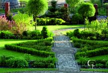 Ogród formalny. / Formal garden.