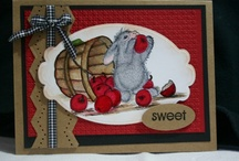 Cards House Mouse / by Evie Leaders