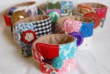 Náramky-bracelets