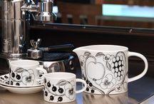 Arabia -  erilaisia astioita ja esineitä