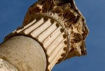 Capiteles y claustros