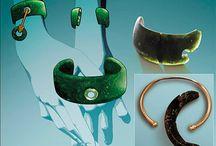 Jewelry History / History of Jewelry Prehistoric - 20th Century