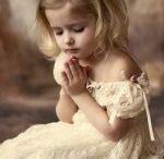 l i v i n g- on a prayer / by Tracy McGill