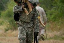 voják a pes