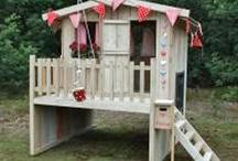 Speelhuis / Inspiratie voor een houten speelhuis in de tuin