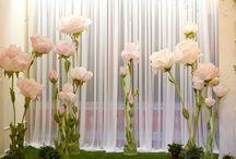 большие цветы из бумаги и других материалов