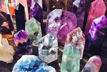 Crystal Diplays / Ideas on how to display your crystals and gemstones.
