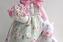 Animals Tilda Loves / Tilda is a gorgeously fashionable doll, with sweet little friends