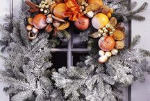 Wreaths to Make / by Lianna Knight