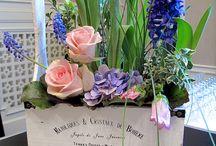 Kwiaty w skrzyneczkach