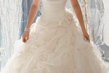 Bride: Wedding Dresses and Shoes