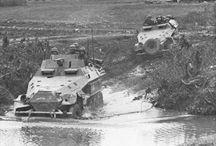 WW2 - SDKFZ 251/10 / Sd.Kfz.251/10 (3.7 cm PaK 35/36 L/45 auf m.SPW) – wóz dla dowódców plutonu, z armatą przeciwpancerną 3,7 cm PaK 36.