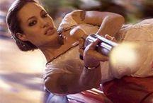 Angelina Jolie / galgadot  Eva Mendes