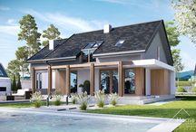 HomeKONCEPT 24 | Projekt domu / HomeKONCEPT-24 to oferta domu nowoczesnego o średniej wielkości. Wyróżnia go niezwykle praktyczne wnętrze, intrygujący taras ciekawie wkomponowany w bryłę domu oraz unikatowe belkowanie. Prosta bryła o klasycznej, spójnej formie, optymalny metraż oraz dwuspadowy dach z pewnością zainteresują oszczędnych Inwestorów.