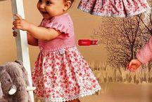 Yunle karışık cocuk elbiseleri