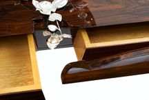 Divinity   console / 'Divinity', a piece with a unique scent that will lead you to the royal gardens of London.