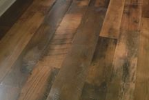 Antique Reclaimed Oak Distressed Grade /  Our antique reclaimed oak distressed grade