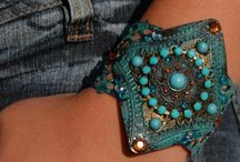 All About Accessories!! / Accessorize everything!