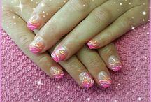 LaVida nails