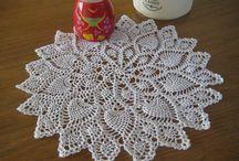 Doily Pineapple White Cotton