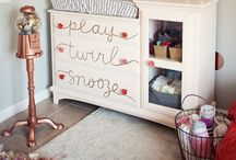 Baby Girl Nursery Room Ideas / Baby Girl Nursery Themes | Baby Girl Rooms | Baby Girl Nursery Inspiration | Baby Girl Nursery Ideas | Baby Girl Room Themes | Baby Girl Room Decorating Ideas | Floral Baby Girl Room
