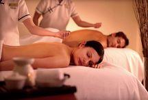 """Massaggi e coccole al Centro Benessere / Per dimenticare le tensioni e lo stress, per """"fare pace"""" dopo una baruffa, per godere attimi di intimità a 360° o, più semplicemente per rilassarvi in due..."""