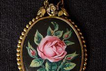 Roses Flowers - Vintage Charms & Bracelets