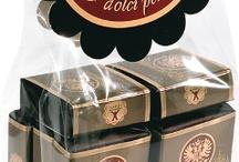 Babbi Viennesi / A thin layer of dark chocolate with a heart of fine cream-filled wafer: Viennese Babbi  #ilovebabbi #wafer #waferini #chocolate #cioccolato #babbiwafer #viennese #viennesi #food #foodlover #sweet #fooodpic #foodphotograpfy #foodies #ilovechocolate #italianfood #madeinitaly