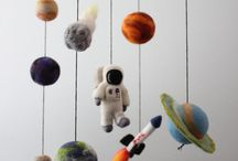 Space Nursery Theme Inspiration / Create The Perfect Space-Inspired Nursery